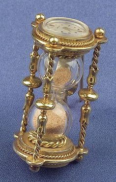When we think of Graduation gifts we think of marking the moment of time passing. We think this Watch and Hourglass pin would be perfect.    #AmericanGemSociety  @pinterest.com/amergemsociety/