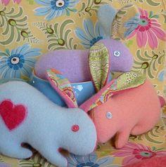 ARTE COM QUIANE - Paps,Moldes,E.V.A,Feltro,Costuras,Fofuchas 3D: coelhos de tecido e feltro com molde