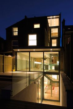 Basement Conversion London Balham full height glazing, basement stairs to garden Old Basement, Basement Entrance, Basement House, Basement Ideas, Basement Designs, Basement Stairs, New England Hus, Glass Extension, Rear Extension