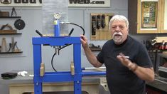 Using a hydrophilic press to rest wood joints Woodworking Videos, Woodworking Projects, Wood Joints, Joinery, Strength, Rest, Tools, Gifts, Carving
