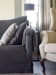 gorgeous silhouette- charcoal sofa via De Stamkamer - Interieur
