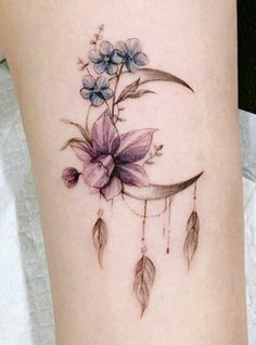 Tattoos for women Mini Tattoos, Foot Tattoos, Body Art Tattoos, Small Tattoos, Pretty Tattoos, Cute Tattoos, Beautiful Tattoos, Tatoos, Feather Tattoos