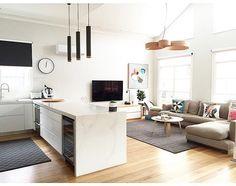 Contemporary kitchen | paint: White pointer, stone: Calacutta nuvo