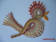 Paličkování | art mama Bobbin Lace Patterns, Embroidery Patterns, Bobbin Lacemaking, Types Of Lace, Bird Embroidery, Lace Heart, Lace Jewelry, Textiles, String Art
