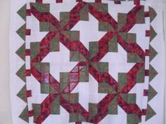 Free Christmas Quilt Pattern - Bows and Trees Combine in This Quilted Project