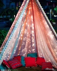 Bride To Be Decorations, Simple Birthday Decorations, Outdoor Wedding Decorations, Backdrop Decorations, Ceremony Decorations, Birthday Ideas, Mehendi Decor Ideas, Mehndi Decor, Desi Wedding Decor