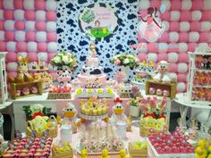 Senhora Eventos - Decoração Personalizada de Eventos!: Fazendinha Rosa para Manu!