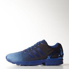 Questa versione delle sneaker ZX Flux reinterpreta la leggendaria serie da running anni '80 con una tomaia in denim sfumato ispirata ai mitici blue jeans americani. Caratterizzata dalla gabbia sul tallone in TPU sagomato delle scarpe ZX originali, presenta una leggera intersuola in EVA.