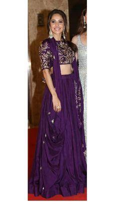 Party Wear Indian Dresses, Indian Bridal Outfits, Dress Indian Style, Indian Designer Outfits, Designer Lehnga Choli, Designer Bridal Lehenga, Wedding Lehenga Designs, Kurti Designs Party Wear, Saree Blouse Neck Designs