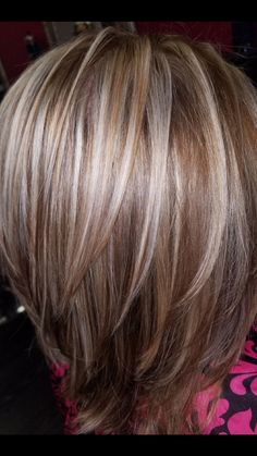 63 stunning examples of brown ombre hair - Hairstyles Trends Hair Color And Cut, Ombre Hair Color, Hair Colors, Longbob Hair, Medium Hair Styles, Short Hair Styles, Gray Hair Highlights, Hairstyles Haircuts, Pixie Haircuts