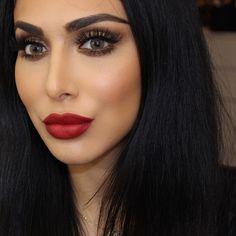 Huda Kattan @hudabeauty Red Lips  lipsti...Instagram photo   Websta (Webstagram)