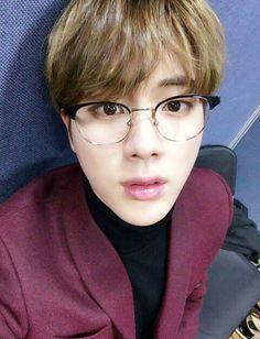 Lee Jin Y Tu de la historia Momentos Contigo (BTS y Tu) por Miname01 (Isa) con 5,902 lecturas. k-pop, suga, bts. Danbi...