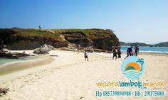 Ingin Tau Keunikan Apa yang Dimiliki Pantai Tanjung Aan Lombok? Cari tau disini kawan.. . . . . . . . . . . . . . http://wisatalombokmurah.com/objek-wisata-pantai-tanjung-aan-yang-indah/