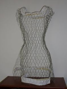 tutorial for making a chicken wire form - looks easy enough!