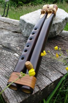 I've always wanted a double flute! Native Flute, Native American Flute, Wooden Flute, Power Hammer, Music Theory, Woodturning, Indian Art, Musical Instruments, Nativity
