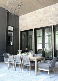 I am soooooo excited to FINALLY be sharing our just completed and the BIG reveal of The Forest Modern outdoor living space! Modern Outdoor Living, Indoor Outdoor Living, Outdoor Spaces, Outdoor Dining, Interior Exterior, Exterior Design, Villa Del Carbon, Patio Design, House Design