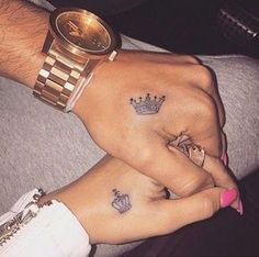 Top Matching Tattoos for Couples with Latest King and Queen Tattoo designs. We have given you some best ideas to ink your body. Queen Crown Tattoo, Small Crown Tattoo, King Queen Tattoo, Crown Hand Tattoo, Queen Of Hearts Tattoo, Crown Couple Tattoo, Crown Tattoo Design, Trendy Tattoos, Love Tattoos