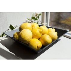 Grand plat carré Lemon, Plates, Fruit, Vegetables, Food, Slate, Licence Plates, Dishes, Plate