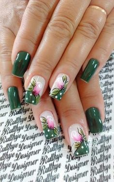 Different nail by Rutthye designer. Unghie different di Rutthye designer. Aycrlic Nails, Diy Nails, Swag Nails, Cute Nails, Manicure, Flower Nail Designs, Diy Nail Designs, Nail Polish Designs, Acrylic Nail Designs