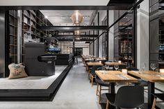 Capriole Café / Bureau Fraai