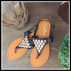 INSTA: @thedot.boutique •Carmen Sandals• Now available- check us out on Instagram for sale pricing @thedot.boutique . theDOT. Shoes