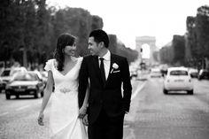 KAREN WILLIS HOLMES - Real Bride Tam in 'Dakota' gown     Photography by Studio Cabrelli