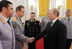 Редкое фото: В.В.Путин прощается с генералами перед их инфарктами и инсультами