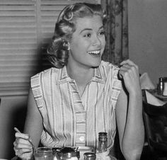 Dial M For Murder, Her Smile, Vintage Hollywood, Grace Kelly, Vintage Girls, Timeless Beauty, The Past, Ruffle Blouse, Actresses