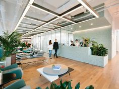 Coworking - WeWork is planning to lay off thousands — up to of its employees — as its new CEOs focus on the core business – Coworking Open Space Office, Office Workspace, Office Ceiling Design, Initial Public Offering, Grey Office, Office Environment, Coworking Space, Common Area, Lounge Areas