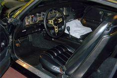 Burt Reynolds' 'Smokey And The Bandit' 1977 Pontiac Trans-Am Is For Sale Bandit Trans Am, Smokey And The Bandit, Pontiac Firebird Trans Am, Burt Reynolds, Barrett Jackson Auction, Self Driving, Collector Cars, Cool Cars, Trucks