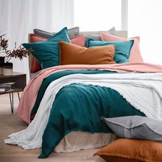 La Redoute Interieurs Pre-Washed Linen Duvet Cover - love this bedroom color palette! Best Bedding Sets, Luxury Bedding Sets, Comforter Sets, King Comforter, Bed Sets, Washed Linen Duvet Cover, Beds Online, Flat Sheets, Bedroom Decor