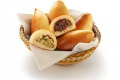 Russian and Greek Turnovers Piroski Recipe Greek Appetizers, Easy Appetizer Recipes, Healthy Eating Tips, Healthy Nutrition, Greek Pastries, Beef Recipes, Healthy Recipes, Vegetable Drinks, Food And Drink