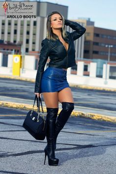 Micro Skirt, Elegantes Outfit, Sexy Latex, Sexy Boots, High Boots, Sexy High Heels, Leather Fashion, Sexy Legs, Over The Knee Boots