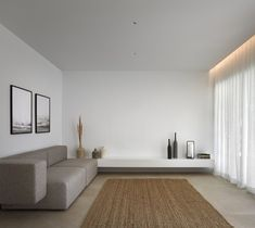 Residencial Mirasal is a minimalist house located in Torrevieja, Spain, designed by Balzar Arquitectos French Home Decor, Cute Home Decor, Home Decor Signs, Unique Home Decor, Home Decor Styles, Vintage Home Decor, Home Decor Accessories, Cheap Dorm Decor, Home Remodel Costs