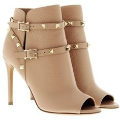 Valentino Boots & Booties, Rockstud Bootie Skin Sorbet Shoe (14.475 ARS) ❤ liked on Polyvore featuring shoes, boots, ankle booties, rose, chunky booties, short boots, short leather boots, studded leather boots and leather ankle booties