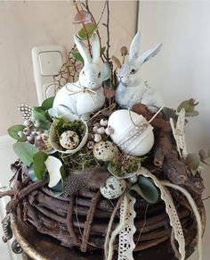 Wreath, bunny, ostern, hase, húsvét Hoppy Easter, Easter Gift, Easter Crafts, Easter Eggs, Diy Easter Decorations, Handmade Decorations, Easter Wreaths, Christmas Wreaths, Vintage Easter