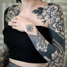 an ornamental tattoo artist, Jack Peppiette was Continue Reading and for more tattoo design → View Website Time Tattoos, Body Art Tattoos, Sleeve Tattoos, Cool Tattoos, Black Sleeve Tattoo, Cover Tattoo, I Tattoo, Mangas Tattoo, Ornamental Tattoo