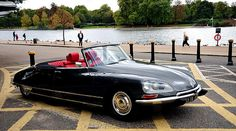 Citroen_DS_Decapotable. I never knew they made a drop top...