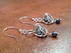 Green and White Tree Agate Chainmaille Earrings.
