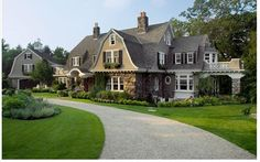 Happy Hollow - traditional - exterior - boston - by Oak Hill Architects Contemporary Architecture, Architecture Details, Colonial Architecture, Home Design, Design Ideas, Wall Design, Design Inspiration, Shingle Style Homes, Gambrel Roof