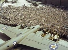 Boeing Workers in Seattle in 1942.  My dad is in this picture.  He worked for Boeing for 42 years. Bomber Plane, Douglas Aircraft, Ww2 Aircraft, Military Aircraft, Air Space, Ww2 Planes, Nose Art, Memphis Belle, Military History