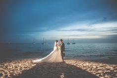 TE CASAS EN 2018??? #. Fotógrafo de bodas Jiten Dadlani 646746559 #bodas #jitenimparable #fotografodebodasgrancanariajitendadlani #fotografodebodaslaspalmasjitendadlani #fotografodebodas #shootingfeelings #jitendebodaenboda #instapic #instashare #instaphoto #instaphotos #instagram #instagood #instagramers #instamoment www.jitendadlani.es Wedding Dresses, Instagram, Fashion, Weddings, Bride Dresses, Moda, Bridal Gowns, Fashion Styles