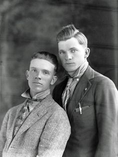 abandonment-vintage-gay-photo-482-woolf-and-wilde