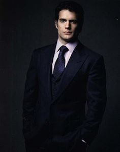 magazine photos henry carvil | & Kent News: Henry Cavill as 'Man of Steel' covers Empire Magazine ...