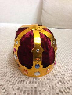 ハンドメイド:遂に、王冠が完成しました✨皆さん、どう思いますか