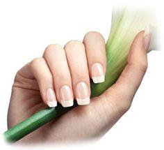 OPLEIDING MANICURE - Tijdens deze opleiding leren wij je een ontspannende en verzorgende manicurebehandeling uit te voeren. Naast de benodigde theoretische kennis, leer je de juiste vijltechniek, hand en onderarmmassage, handverzorging, nagelriemverzorging, nagelverzorging van zowel natuurlijke als kunstnagels en krijg je alles bijgebracht omtrent de paraffinebehandeling. Lesgeld: € 76,00 (incl.btw) interesse? Shilly Beauty Care Leeuweriksweg 52 5402 XD Uden NBr. Tel. 06-23 43 23 06 (…