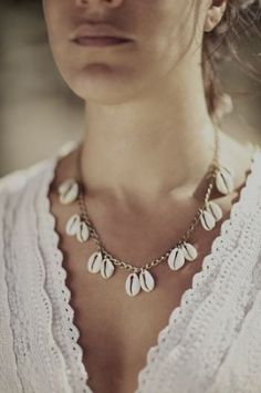 Sea Shell Designer Necklace   Handmade Jewelry - jewelry, rajasthani, wood, amrapali, rajasthani, collar jewellery *ad