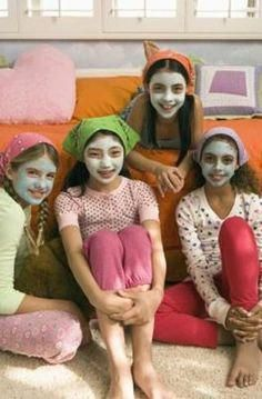 How to Make an Easy Cucumber Face Mask for Kids   eHow #CharcoalMask Homemade Face Masks, Homemade Skin Care, Diy Face Mask, Charcoal Mask Benefits, Charcoal Face Mask, Natural Beauty Remedies, Natural Beauty Tips, Cucumber Face Mask, Blackhead Mask