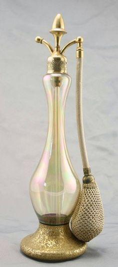 DeVilbiss Art Decó Perfume Atomizer