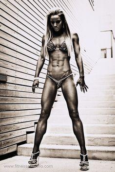 shredded muscle girl!